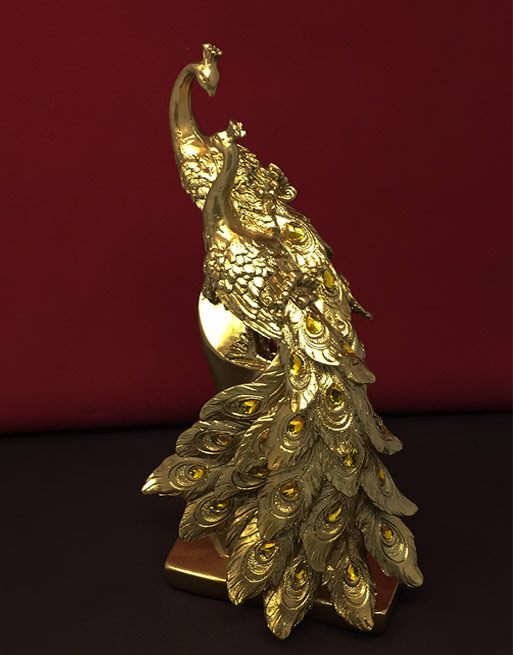 GOLDEN OR SILVER COLOUR Valentine/'s Day gift FIGURINE OF LOVERS CANDLE IN GOLD